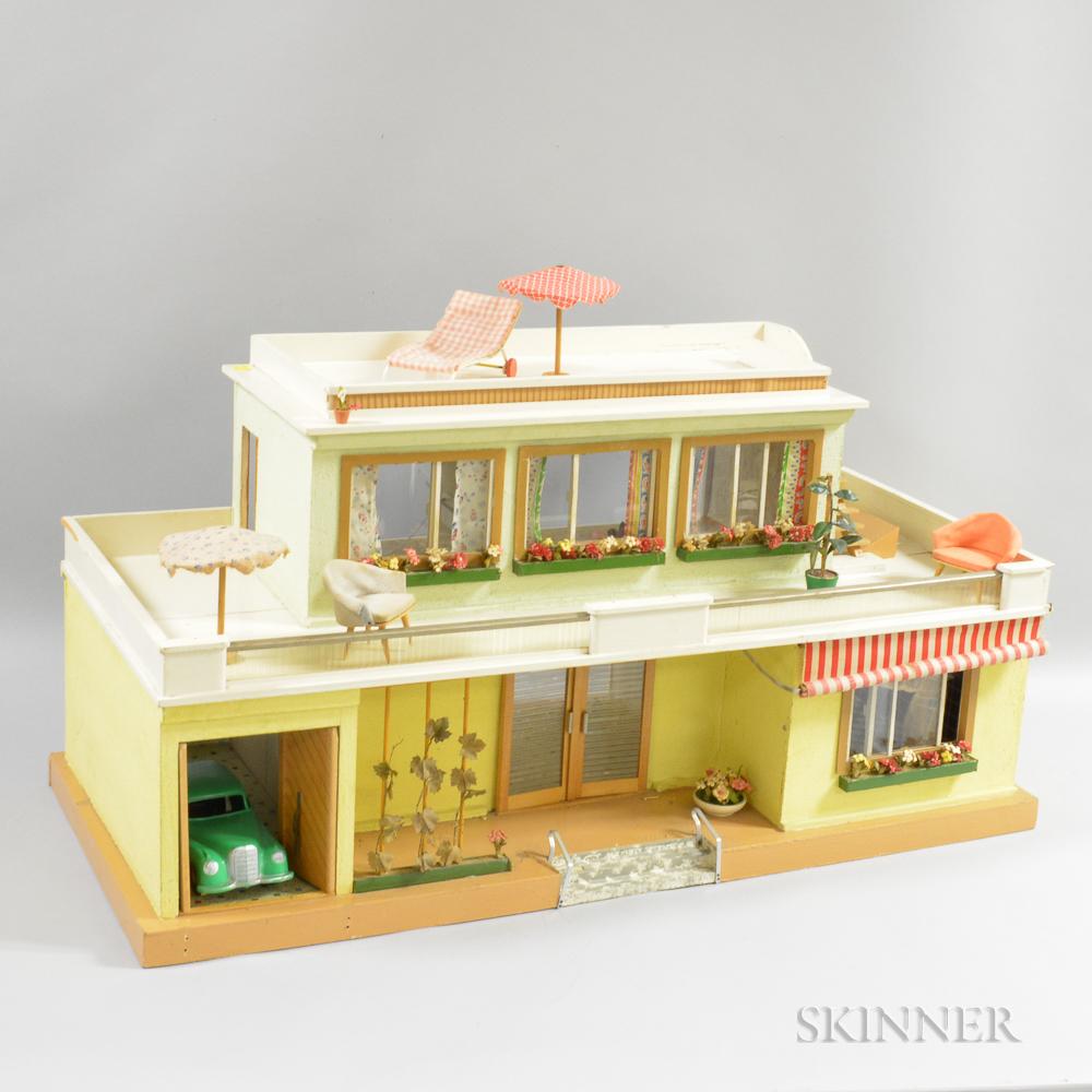 Moritz Gottschalk Dollhouse Bungalow with Period Dollhouse Furnishings.     Estimate $20-200