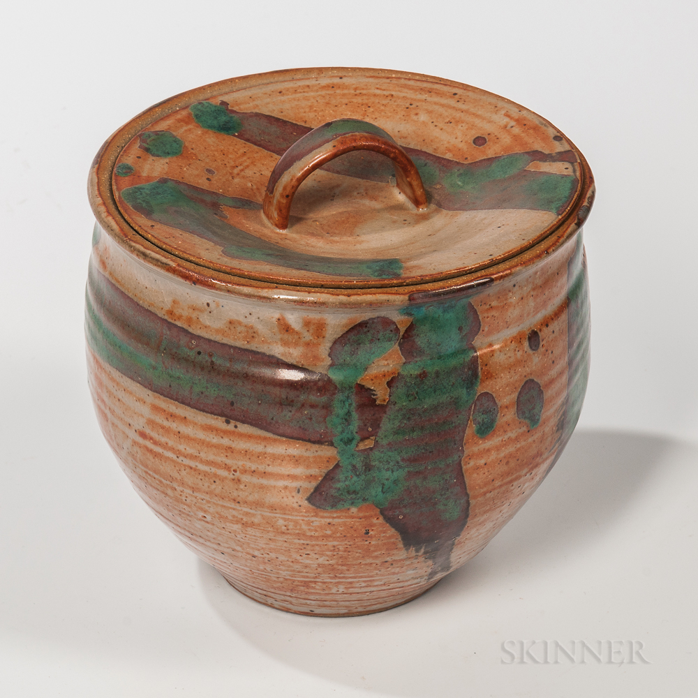 Makoto Yabe (1947-2005) Studio Pottery Covered Fresh Water Vessel