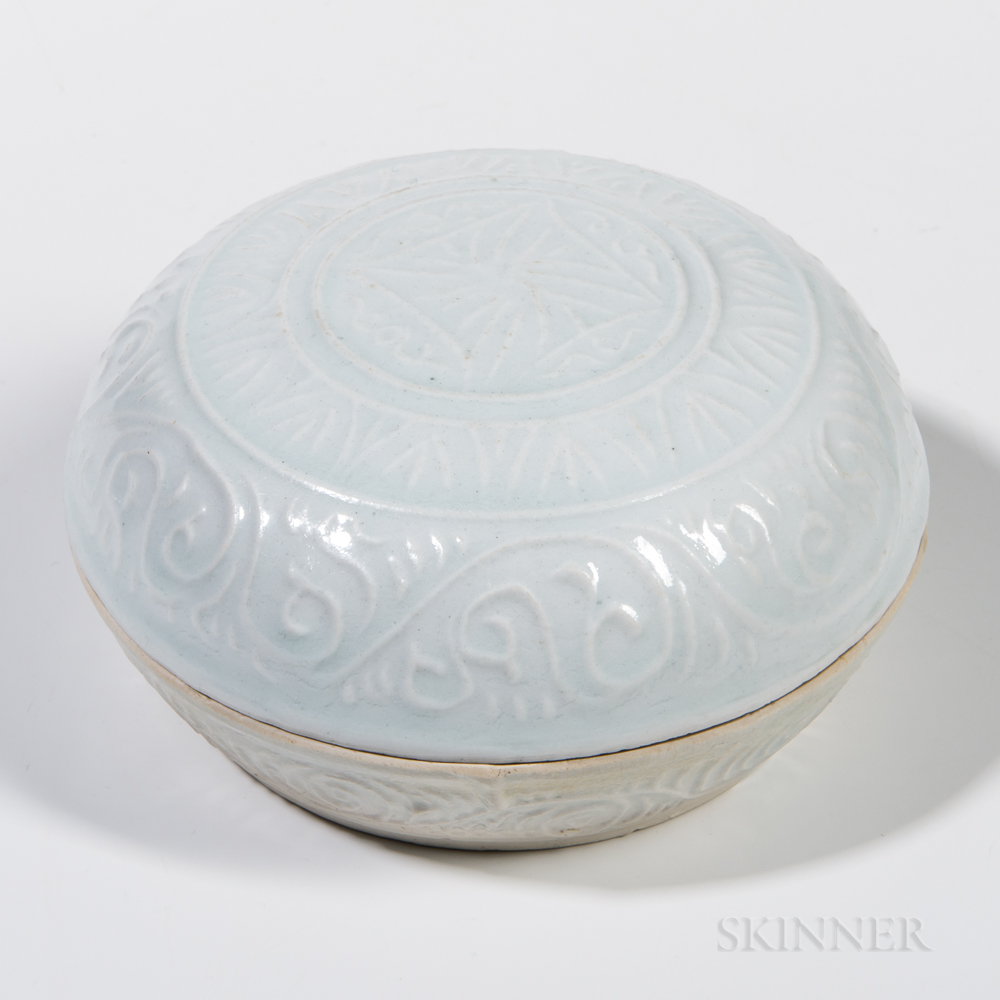 Qingbai-glazed Covered Box