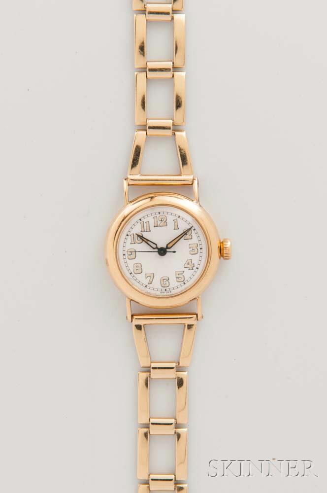 Tiffany & Co. New York 18kt Gold Lady's Wristwatch by Movado