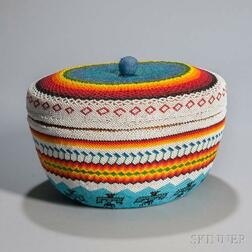 Large Lidded Paiute Beaded Basket