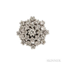 14kt White Gold and Diamond Cluster Ring