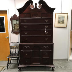 Chippendale-style Mahogany Bench-made Block-front Chest-on-chest