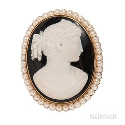 Antique Gold and Hardstone Cameo Brooch
