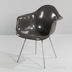 Ray and Charles Eames for Herman Miller Elephant Gray Shell Chair