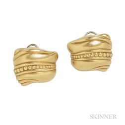 18kt Gold Earclips