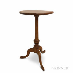 Chippendale Maple Candlestand