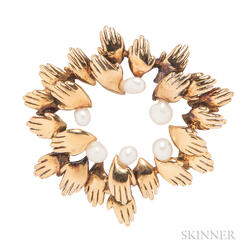 18kt Gold and Cultured Pearl Brooch, John Donald