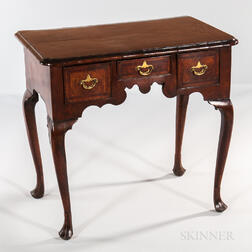 Georgian Mahogany-veneered Dressing Table