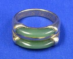 Gold and Jade Ring.