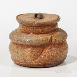 Makoto Yabe (1947-2005) Studio Pottery Covered Fresh Water Vessel