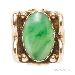 Retro 14kt Gold and Jade Ring