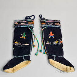 Pair of Embroidered Woolen Boots
