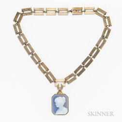 Retro 14kt Gold Necklace with Glass Cameo Pendant