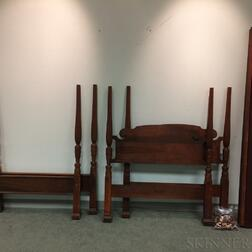 Pair of Federal-style Mahogany Twin Beds.     Estimate $200-400
