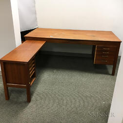 Scandinavian Teak Veneer L-shaped Desk