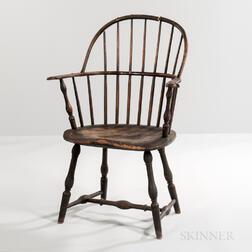 Turned and Painted Knuckle-arm Sack-back Windsor Chair