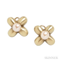 14kt Gold and Cultured Pearl Earclips