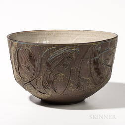 Large Gerry Williams Sgraffito-decorated Bowl