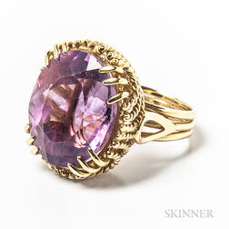 18kt Gold and Amethyst Cocktail Ring