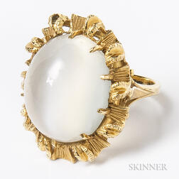 18kt Gold and Moonstone Cocktail Ring