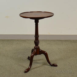 Chippendale Carved Mahogany Tilt-top Candlestand