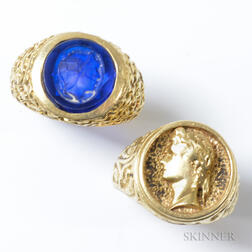 Two Classical-style 14kt Gold Rings