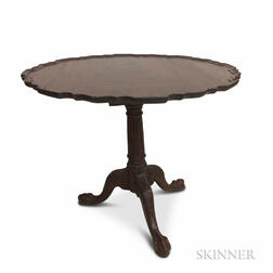 Chippendale-style Carved Mahogany Dished Piecrust Tea Table