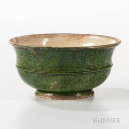 Green-glazed Bowl
