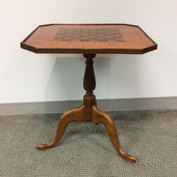 Queen Anne-style Inlaid Maple Tilt-top Games Table