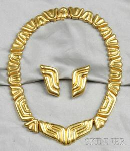 22kt Gold Necklace and Earclips, Zolotas