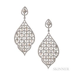 White Gold, Pearl, and Diamond Earrings, Umrao