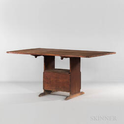 Red-painted Pine Shoe-foot Hutch Table