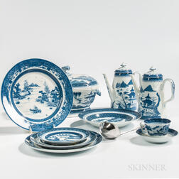 Large Canton Pattern Chinese Export-style Porcelain Service