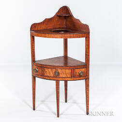 Tiger Maple Corner Chamberstand