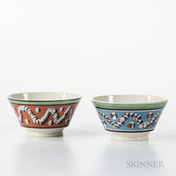 Two Don Carpentier Slip-decorated London-form Bowls with Earthworm and Cat's-eye Design