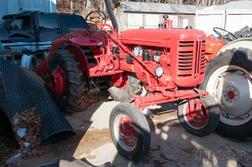 Vintage International A1 Tractor