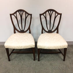 Pair of Federal-style Carved Mahogany Shield-back Side Chairs