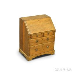 Miniature Queen Anne-style Oak Slant-lid Desk