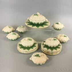 Seventeen-piece Portuguese Majolica Ceramic Cauliflower Set