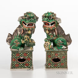 Pair of Famille Verte Foo Lions