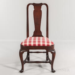 Queen Anne Walnut Compass-seat Side Chair