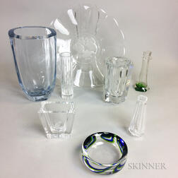 Eight Pieces of Continental Glass