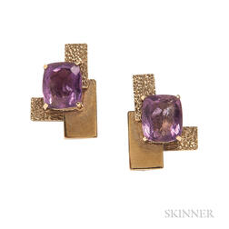 14kt Gold and Amethyst Earclips