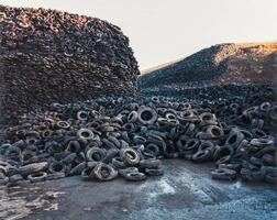 Edward Burtynsky (Canadian, b. 1955)      Oxford Tire Pile #5, Westley, California