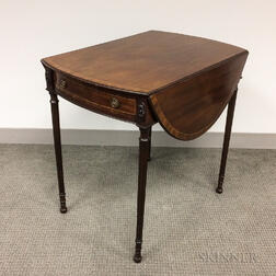 George III-style Mahogany and Rosewood Crossbanded Drop-leaf Pembroke Table