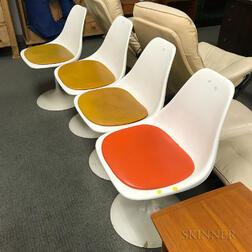 Set of Four Mid-Century Modern White-painted Steel Chairs