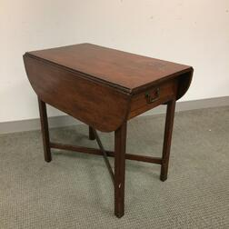 Chippendale Mahogany One-drawer Pembroke Table