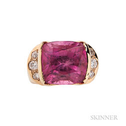18kt Gold and Pink Tourmaline Ring