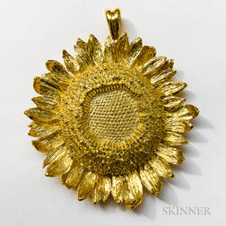 18kt Gold Sunflower Pendant, Asprey